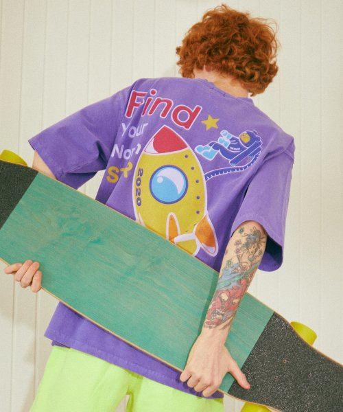 메이노브1722(MAYNOV1722) Cosmic Mouse Overfit Pigment T-Shirt - Purple