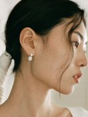 돌() TWIST CERAMIC EARRING