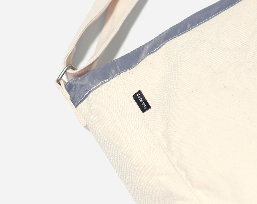 커버낫(COVERNAT) AUTHENTIC LOGO MAIL BAG IVORY