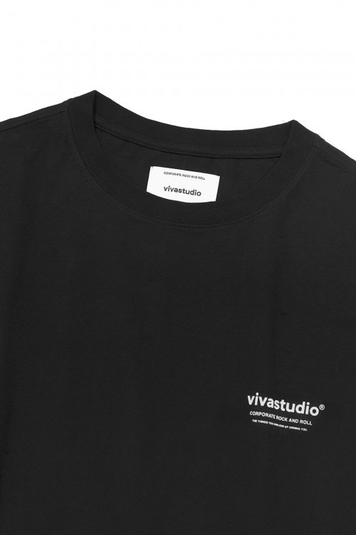 비바스튜디오(VIVASTUDIO) LOCATION LOGO SHORT SLEEVE IS [BLACK]
