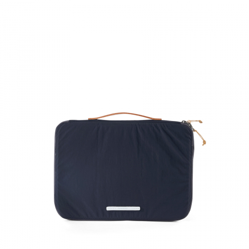 로우로우(RAWROW) PEN PACK CLUTCH 450 NAVY