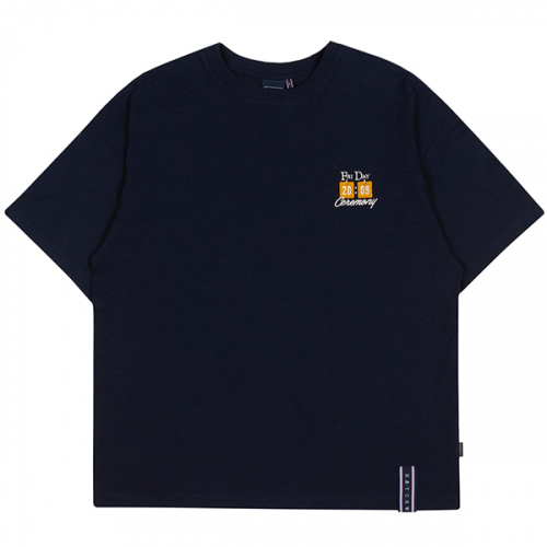 로맨틱크라운(ROMANTIC CROWN) FRIDAY SCORE BOARD TEE_NAVY