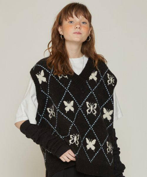 러브이즈트루(LUV IS TRUE) DT BUTTERFLY KNIT VEST(BLACK)